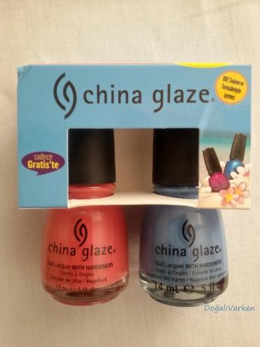 China Glaze ojeler Gratiste satılıyor