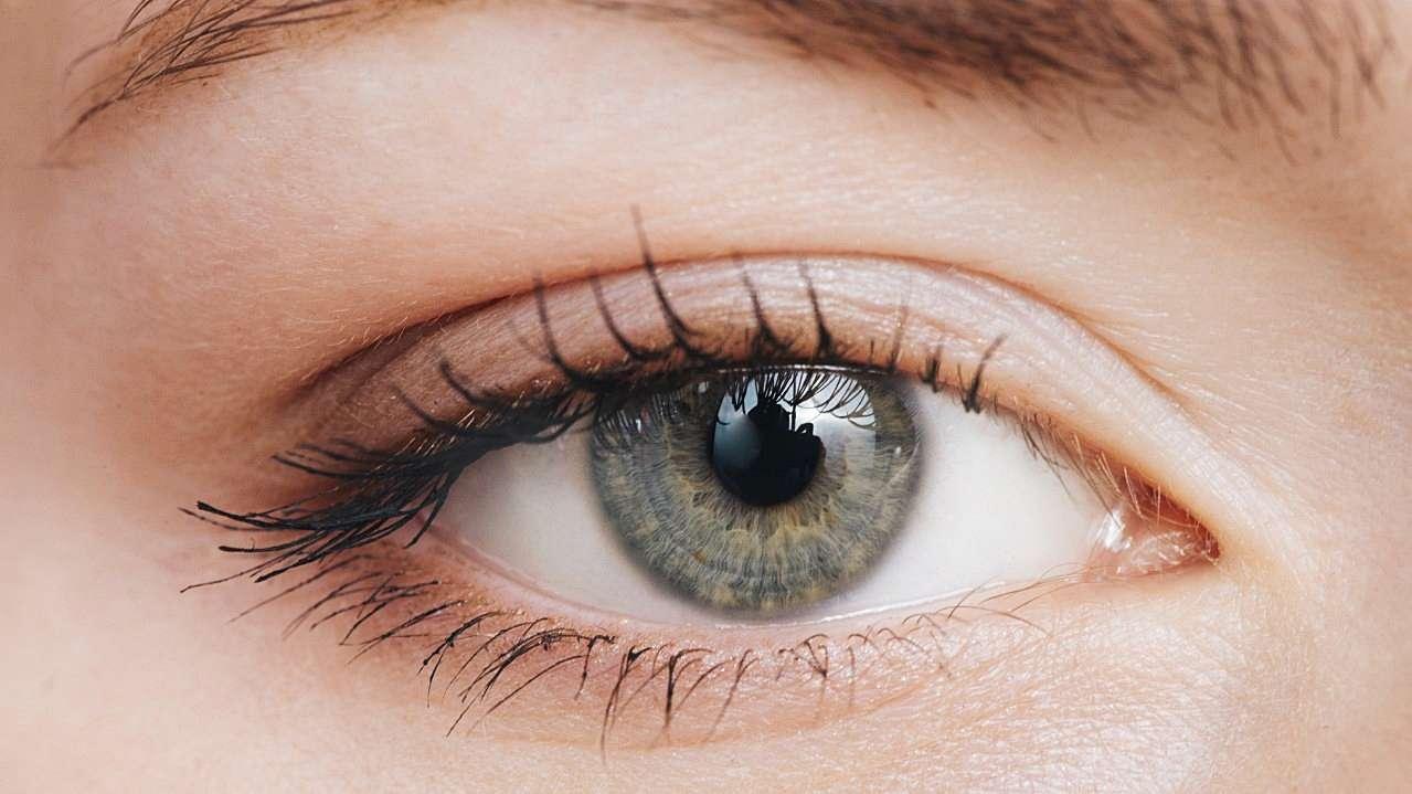Göz Kremi Kullanmak Gerekli Mi